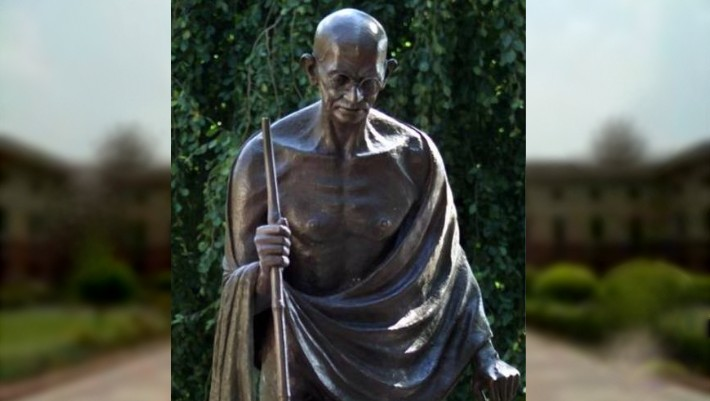 US lawmakers seek FBI probe into vandalisation of Gandhi's statue in America