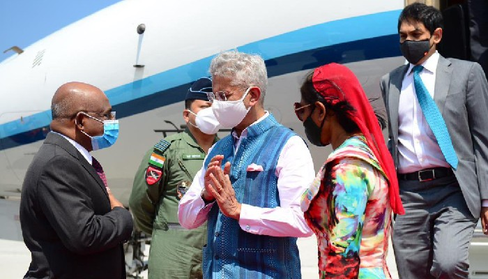 EAM Jaishankar arrives in Maldives, gifts 1 lakh additional doses of vaccine