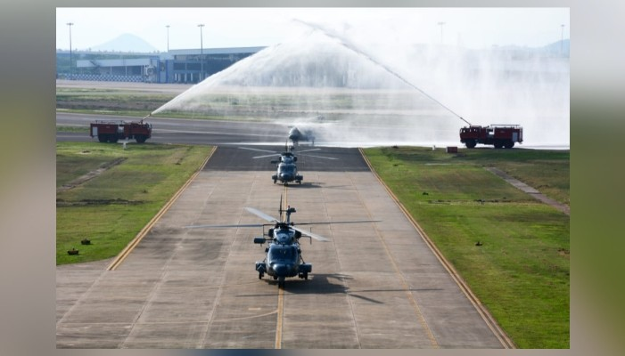 तीन स्वदेश निर्मित एएलएच एमके-३ भारतीय नौसेनामा सम्मिलित
