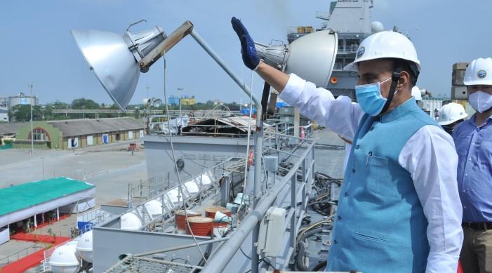 रक्षामन्त्री: स्वदेश निर्मित विमान वाहक पोत आईएनएस विक्रांत अर्को वर्ष देखि सञ्चालन मा आउने