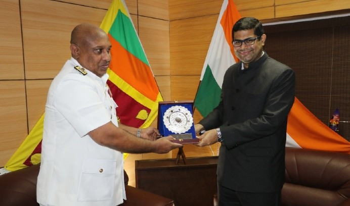 भारतद्वारा श्रीलंकाका  तट रक्षकलाई १२ करोड श्रीलंकाली मूल्य बराबरको कलपुर्जा उपहार स्वरुप प्रदान