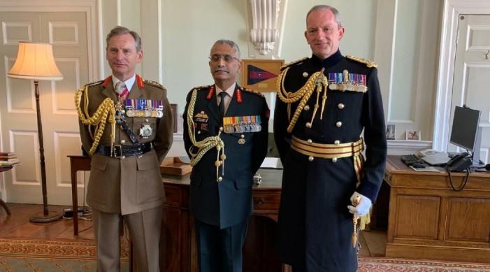 भारतीय सेना प्रमुख जनरल नारावाने र बेलायती रक्षा प्रमुख बीच भेट
