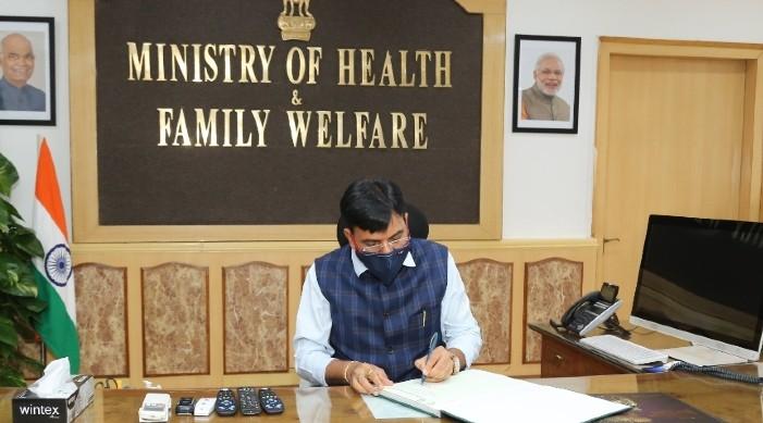 नवनियुक्त स्वास्थ्य मंत्री मनसुख मण्डाविया ले कोविड १९ विरुद्ध भारतको लडाईको नेतृत्व गर्ने