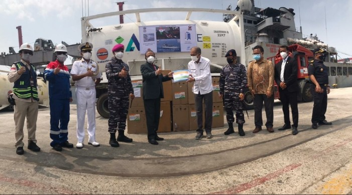 भारतबाट पठाइएको कोविड १९ आपूर्ति बोकेको जहाज महामारी प्रभावित इंडोनेशिया पुगेको छ।