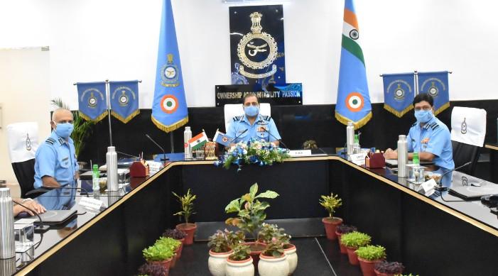 ভারতীয় বিমানবাহিনীতে প্রযুক্তির ব্যবহার বাড়ানোর নির্দেশ বাহিনী প্রধানের