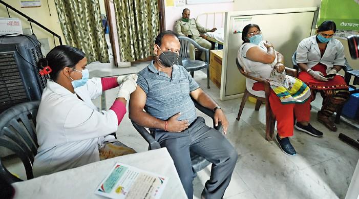 कोविड -19 अपडेट: भारत का संचयी टीकाकरण कवरेज 680 मिलियन से अधिक
