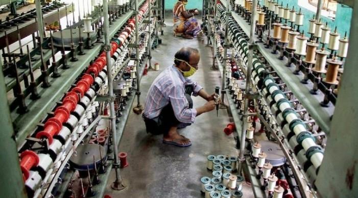 जैसे ही सरकार ने वस्त्रों के लिए पीएलआई योजना को मंजूरी दी, भारत वैश्विक व्यापार में प्रभुत्व हासिल करने के लिए तैयार है