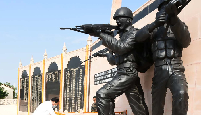 Vice President asks people to visit nearby war museums to see sacrifices of Indian soldiers