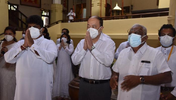 विदेश सचिव श्रृंगलाद्वारा श्रीलंका को भ्रमण शुरु, श्री दलदा मालिगावा मंदिर मा पूजा-अर्चना