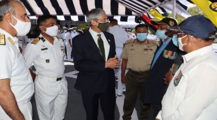 মুক্তিযুদ্ধে অবদান রাখায় ভারতীয় নৌবাহিনীর প্রবীণ যোদ্ধাদের সম্মান জানালো বাংলাদেশ