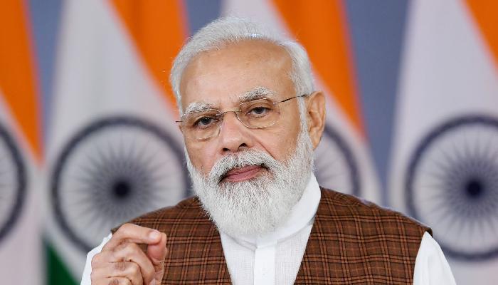 PM Modi hails healthcare workers for India's 100 crore vaccination landmark